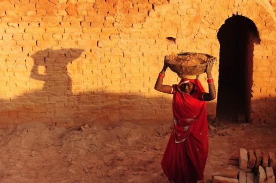 6.Hintli kadın