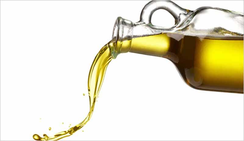 Zeytinyağı, antioksidan elementleri içerir.